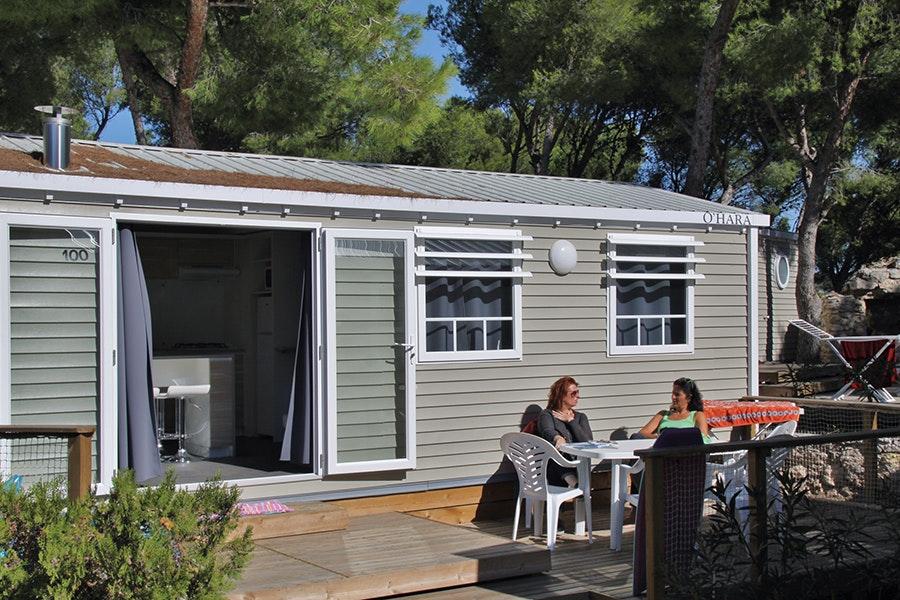 mobilheim ostsee mit hund mieten camping urlaub g nstig. Black Bedroom Furniture Sets. Home Design Ideas