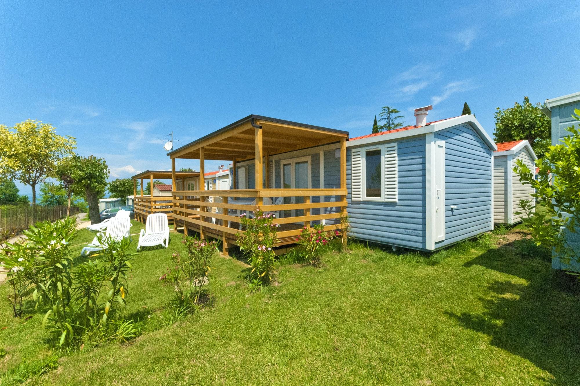 adac camping mobilheim gardasee camping piantelle pincamp. Black Bedroom Furniture Sets. Home Design Ideas