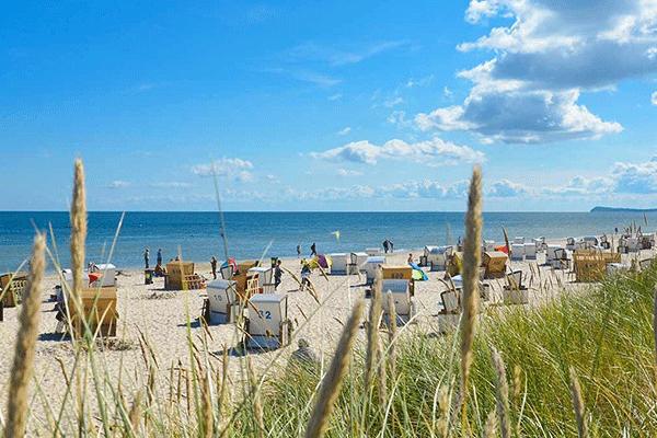 topcpdeutschekueste_0002_Duenencamp-Karlshagen----Blick-vom-Campingplatz-auf-den-Strand-an-der-Ostsee.png