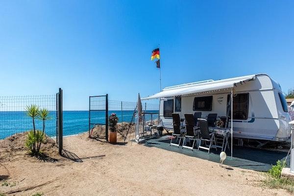 Camping-El-Pinar.jpg