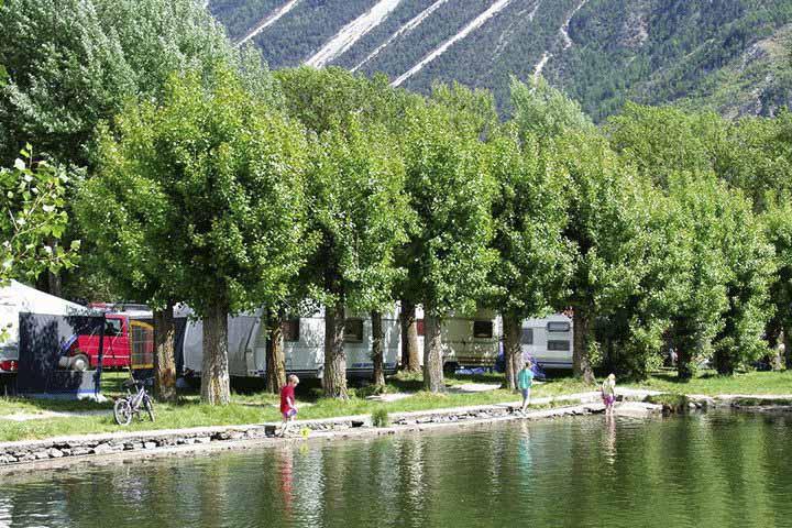 camping-schweiz-swiss-plage.png