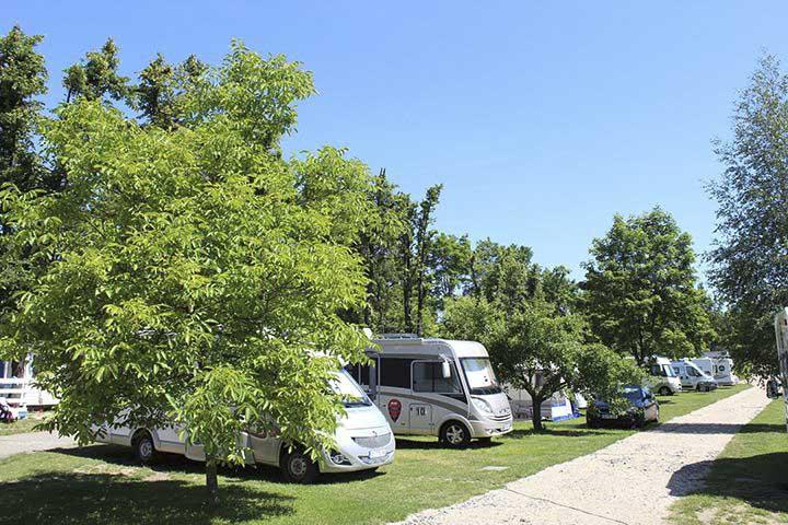 tschechien-goldenes-dreieck-camping-sokol-praha