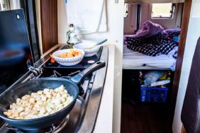 Küchenbox beim Camping: Freiheit mit Komfort genießen