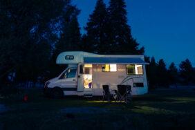Alarmanlagen für Wohnmobile: Einbruchschutz auch abseits der Piste