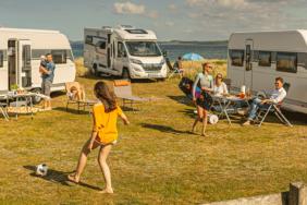 Hobby-Neuheiten 2021: Wohnwagen, Wohnmobile & Kastenwagen im neuen Look