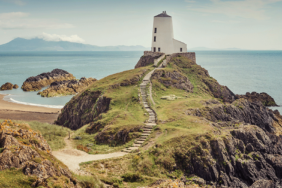 Familien-Camping in Wales: Leere Strände, tolle Berge  – und sehenswerte Städte