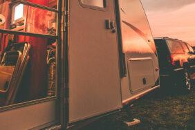 Neu: ADAC Camping- und Stellplatzführer Kombibände 2019 – auch als App!