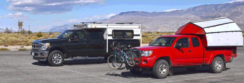 zwei-pickup-camper-auf-ford-modellen