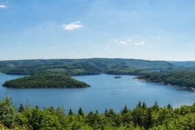 Camping und Wandern in der Eifel