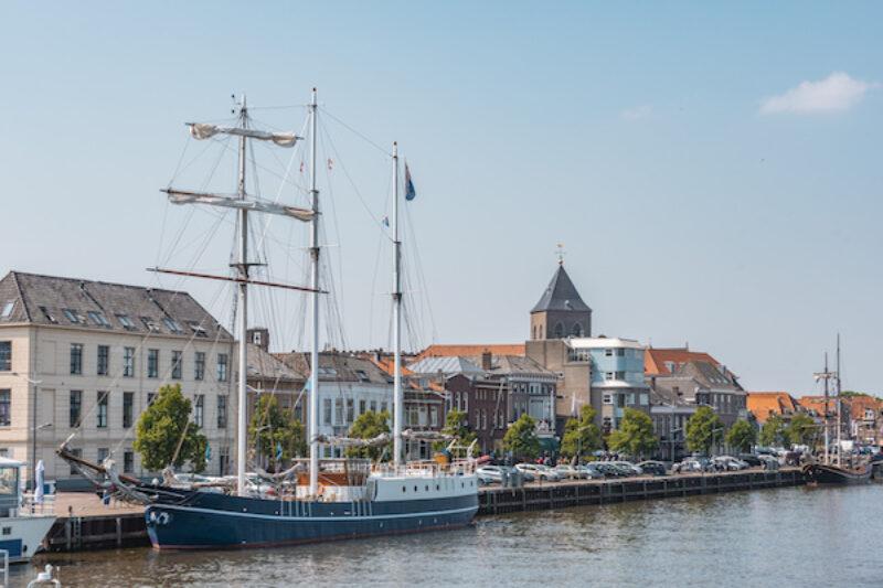 Blick auf den Hafen von Kampen