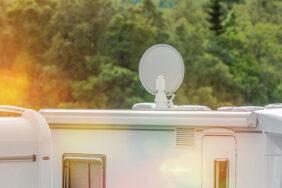 Fernsehhalterung für Wohnwagen: Kaufberatung+Tipps