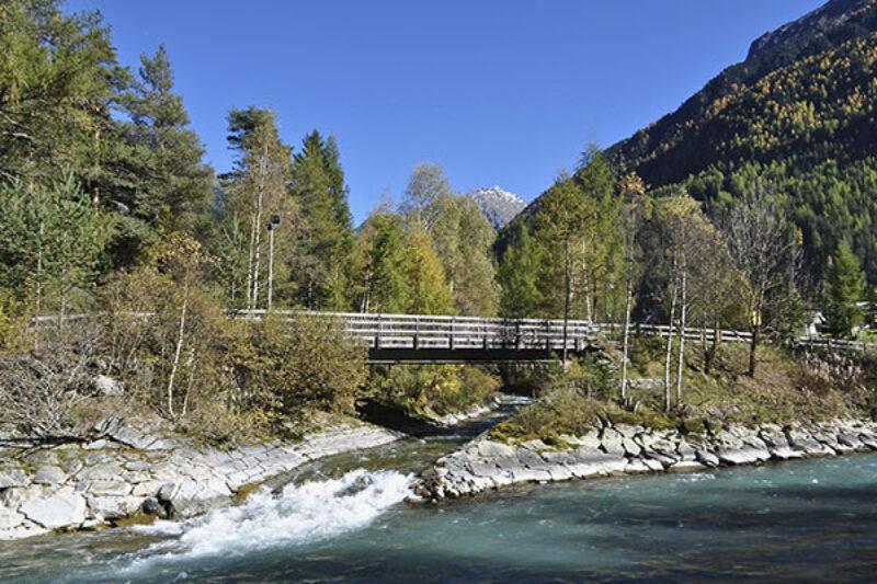 Brücke über die Ötztaler Ache