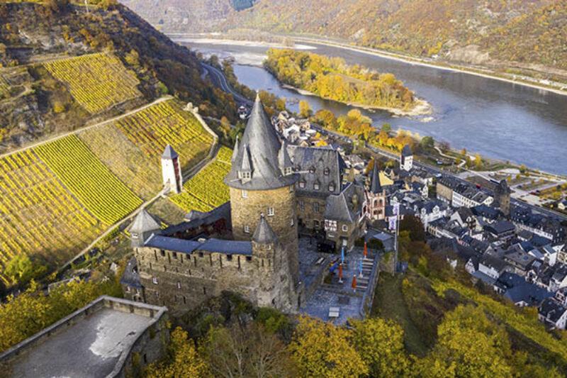Hohenburg Schloss Stahleck im Ober-Mittelrheintal