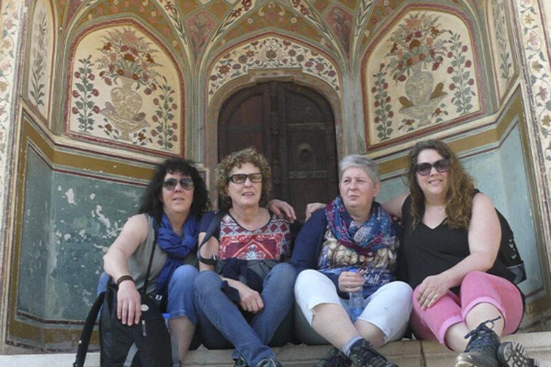 Angelique Joosten im Urlaub mit ihren Schwestern