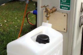 Wasserkanister für Camping: Darauf musst du achten
