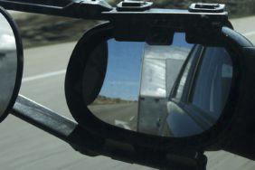 Spiegel am Wohnwagen: Wann ist ein Zusatzspiegel nötig?