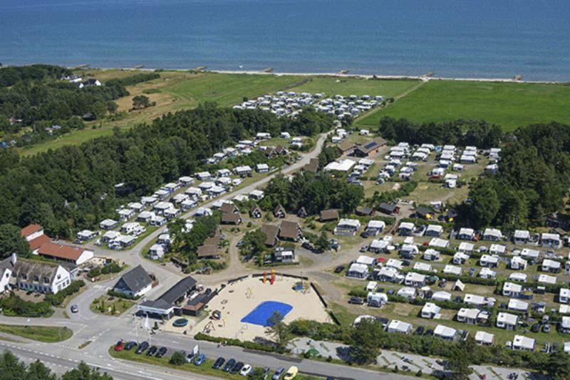 Camping Svalereden Campingplatz am Kattegat aus der Vogelperspektive