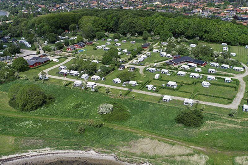 Horsens City Camping - Luftaufnahme vom Campingplatz im Gruenen