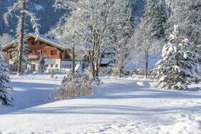 Wintercamping in kleinen Skigebieten