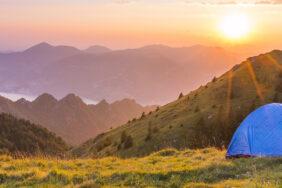 Zeltpflege: Die besten Tipps zum Reinigen und Pflegen