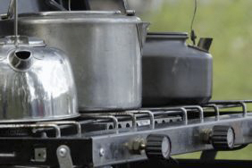 Camping-Herd: Gas oder Strom?