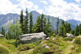 3 Gebirge mit Spitzen-Campingplätzen