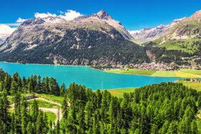 Klare Seen, hohe Berge: Mit dem Wohnmobil im Herzen der Schweiz