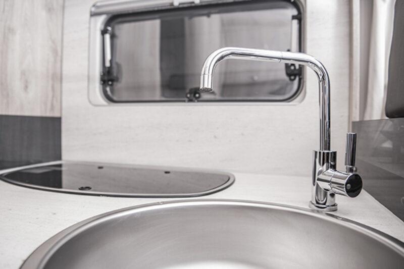 Edler Hoher Wasserkran im Wohnmobil
