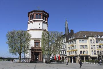 Der Schlossturm in Düsseldorf