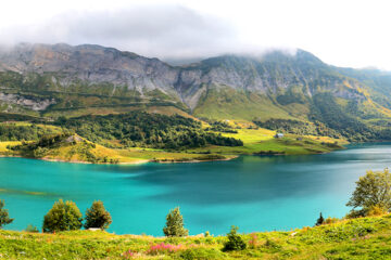 Roselend-See-in-der-Nähe-von-Cormet-de-Roselend-Pass-Savoie-Frankreich