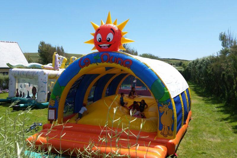 Spielplatz für Kinder auf dem Campingplatz